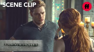 #Clace Tracks Jonathan | Season 2, Episode 19 | Shadowhunters