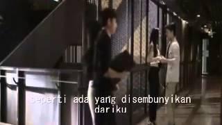 Yank Mulia - Pihak Ketiga   video official + Lyrics width=