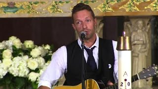 Coldplay's Chris Martin plays at Beau Biden funeral