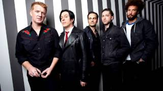 Queens of the Stone Age - Viper ft. Alex Turner (New Song 2016)