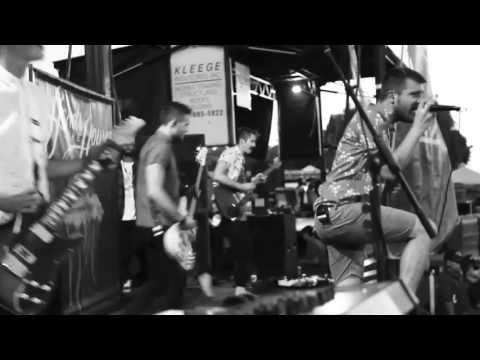 hands-like-houses-shapeshifters-live-music-video-riserecords
