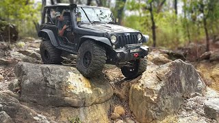Jeep Wrangler JK Doing Some Extreme 4x4