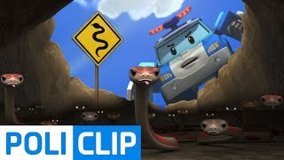 There are so many snakes! | Robocar Poli Rescue Clips