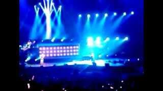 周杰倫 2010超時代演唱會 Vancouver 05 - 黑色幽默 feat. 袁詠琳