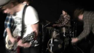 The Addicted Labrats - Rotten Paradise (VIDEO)