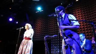 Tatiana Eva-Marie & Avalon Jazz Band - Je suis Swing (Johnny Hess)
