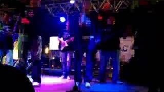 LOS JEFES DE LA CUMBIA DE JOSE ESCOBEDO CUARENTA GRADOS LIVE