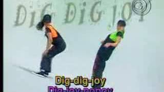 Sandy e Junior -Clipe Dig dig joy