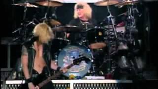 Guns N Roses - Duff Mckagan Bass Solo Live in Tokyo 92 DVD Part 17