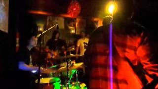"""L.U.T. (Legião Urbana Tributo) - """"Meninos e Meninas"""" (Stage Cam)"""