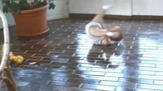 Bebê Dançarino - Break Dance Incrível!