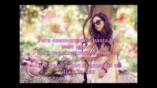#HiceUnManual   Paty Cantú - Manual  (Video Lyric )