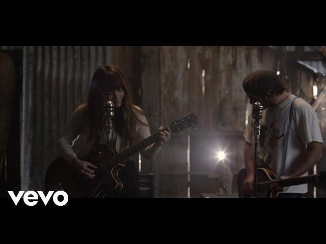 Videoclip oficial de 'Snow', de Angus & Julia Stone.