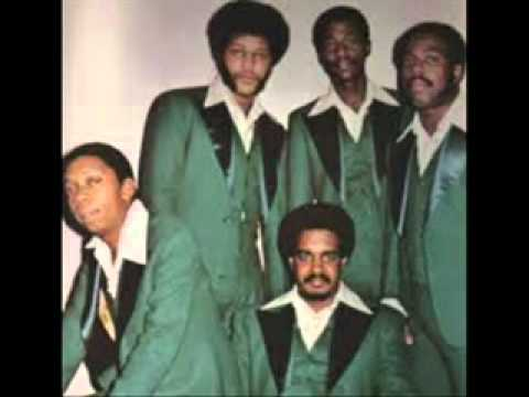 the-stylistics-youll-never-get-to-heaven-if-you-break-my-heart-1972-thevideojukebox2