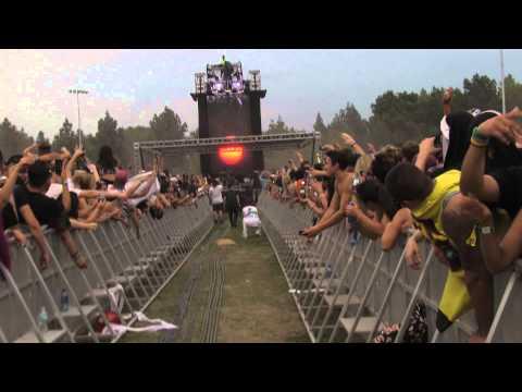 baauer-higher-irl-hard-summer-2014-822014-glenjamn3