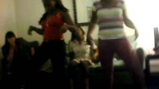 Lele andd mama whip my hair D.D.S.A