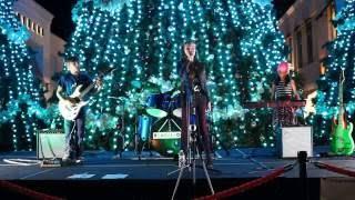 Uma Thurman - live band cover