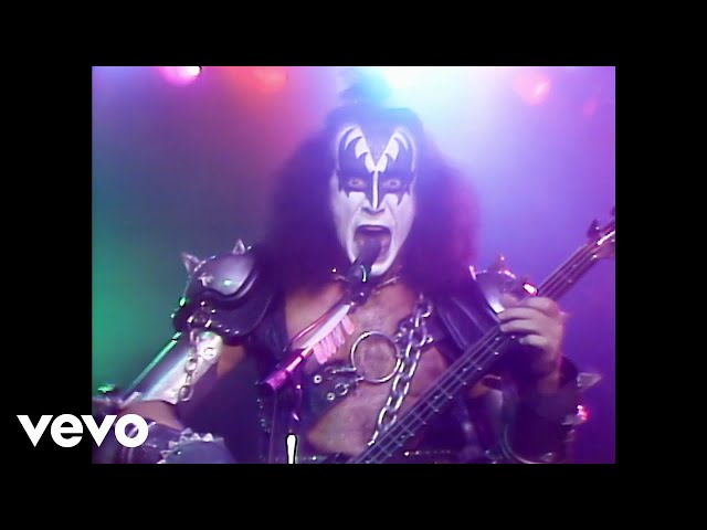Video oficial de I love it loud de Kiss