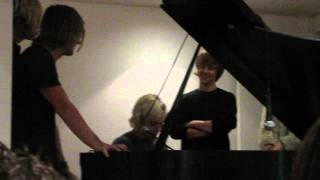 Drops of Jupiter (Ross Cover) VIP - R5 Concert Toronto 2014