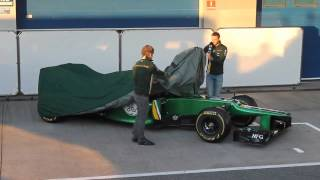 F1 2013 Launch - Caterham CT03 - Live in Jerez [RT.ORG]