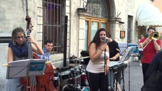 Lady Blue Eyes - Smoker's song (Imelda May cover)