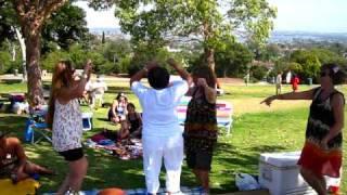 "Yandall Sisters & Cousins dance ""Te Manu"""