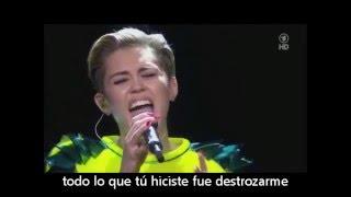 Miley Cyrus - Wrecking Ball (Live on Bambi Awards 2013)