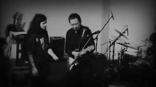 布袋寅泰- BATTLE WITHOUT HONOR OR HUMANITY(HOTEI LIVE IN LONDON)