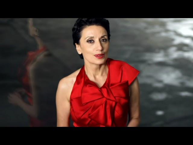 Videoclip de Luz Casal - Piensa en mí