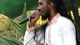 Niyorah Live, Clowns Around Us, Reggae Rising 2009