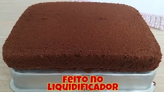 Massa de chocolate para Bolos de aniversário feito tudo no liquidificador   Super fofinho