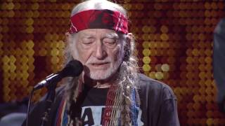 Willie Nelson & Family – It's All Going to Pot (Live at Farm Aid 2016)