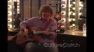 "Glenn Tilbrook (Squeeze) plays ""Tempted"" on Culture Catch!"