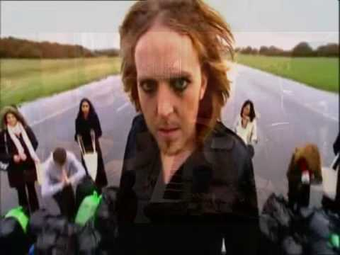 tim-minchin-shag-with-the-stereo-on-vanillalace07