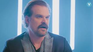 Il Ballo di David Harbour in Stranger Things non era nel Copione | SUB ITA