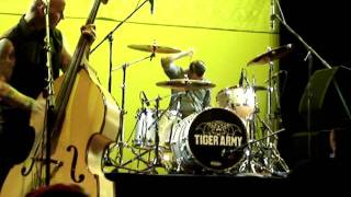 """Tiger Army """"Rave On (Buddy Holly cover)"""" live"""