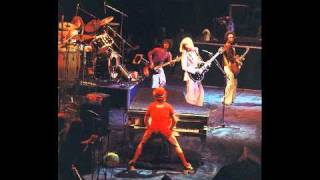 26. Island Girl (Elton John-Live In Seattle: 10/16/1975)