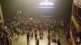 Perfume fans sing COSMIC EXPLORER after the show ft. A~chan