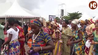 Amani Djoni fait dancer les femmes PDCI-Rda de Yamoussoukro.