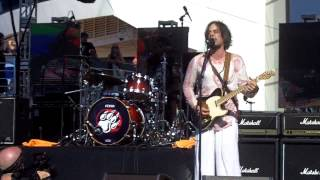 The Winery Dogs: Damaged