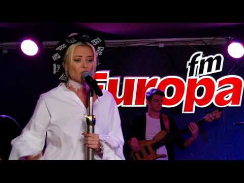 """The Motans feat. Delia - """"Weekend"""", live"""