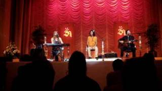 Deva Premal & Miten live auf dem Rainbow-Spirit-Festival - Tutare