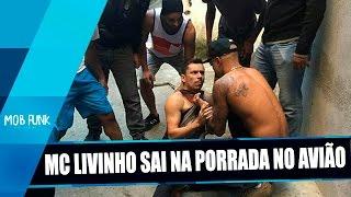 MC Livinho é AGREDIDO após REZAR durante voo em Brasília