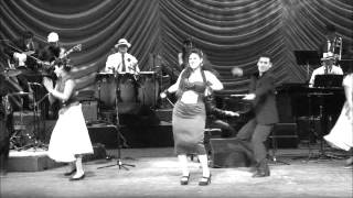 """Medley de Gloria Ríos. """"La mesedora"""" y """" El Relojito""""."""