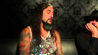 "The Winery Dogs discuss the track ""How Long"""