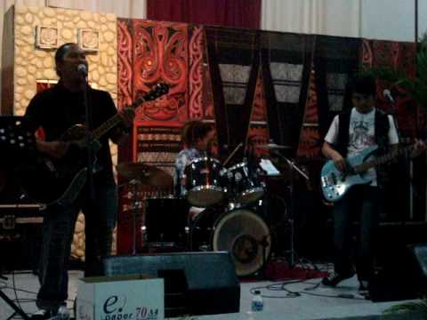 Taringot ahu Live concert - Tongam Sirait and friends