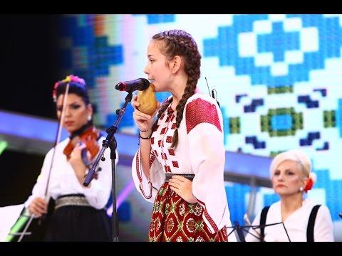 Petronela Bârsilă cântă la 8 instrumente, în marea finală Next Star