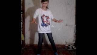 Creaky Jackals -OC танец