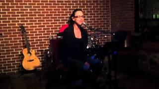 Edelyn Cruz - I'm Like A Bird (Nelly Furtado cover).mov