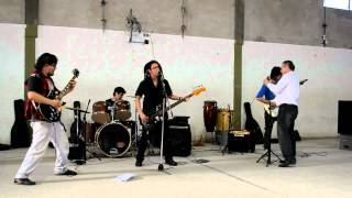 Peces Del Infierno 8/9/12 - The Ides Of March & Mi Formula width=